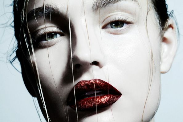 3 ways to wear red lips in 2014.