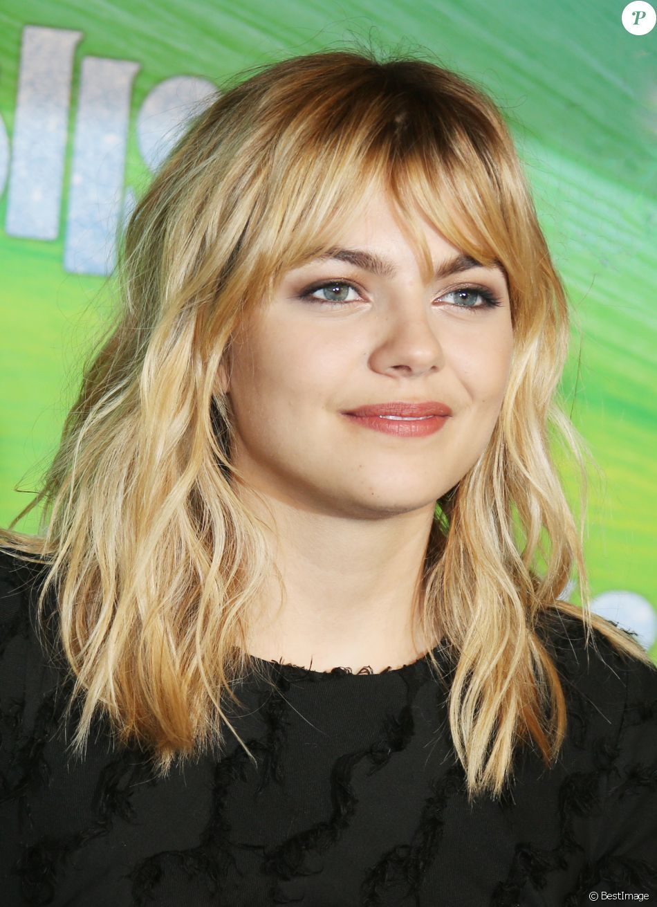 Louane Emera Hair Ideas In 2018 Louane Coiffure Cheveux