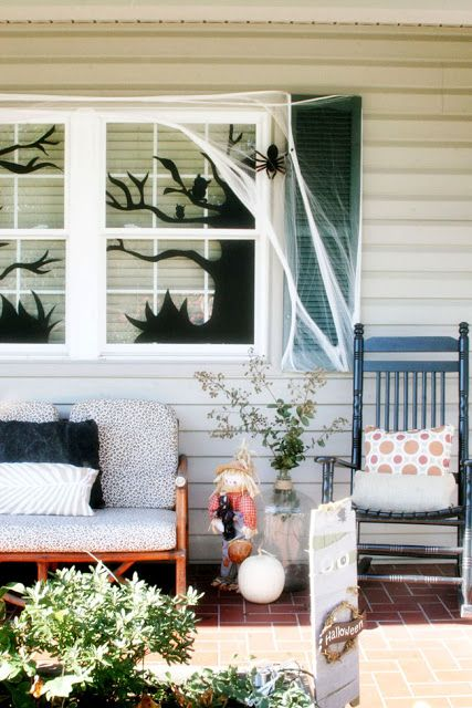 13 Spooktacular Halloween Home Decor Ideas Halloween porch, Spooky - front porch halloween decorations