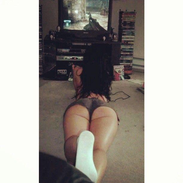 sexy ass gamer mädchen