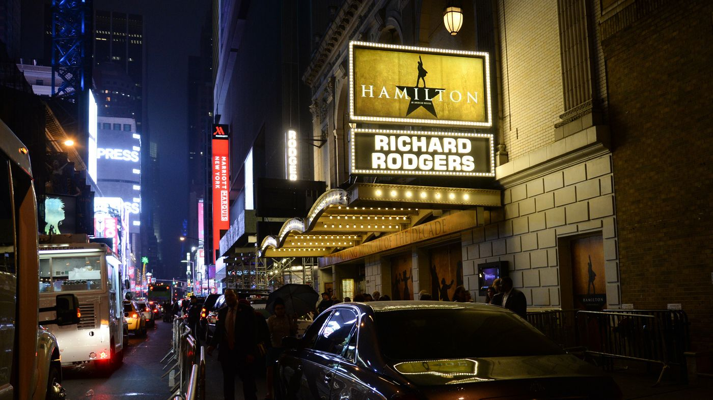A Blind Theatergoer S Hamilton Lawsuit Aims Spotlight On Broadway Accessibility Broadway Broadway Nyc New York City