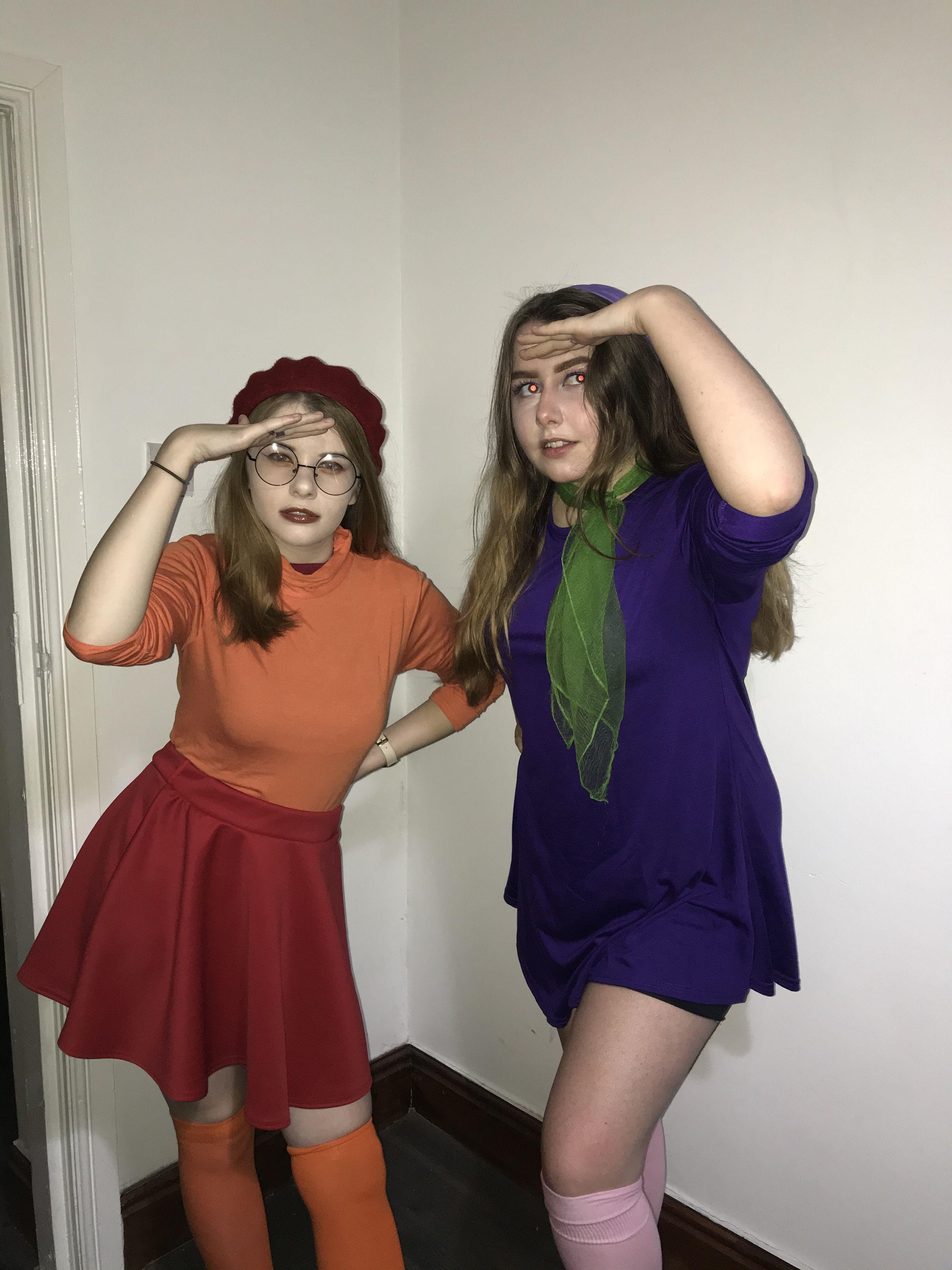 Daphne And Velma Halloween Costume Velmaanddaphne Daphne Costume Velma Costume Velma Halloween Costume