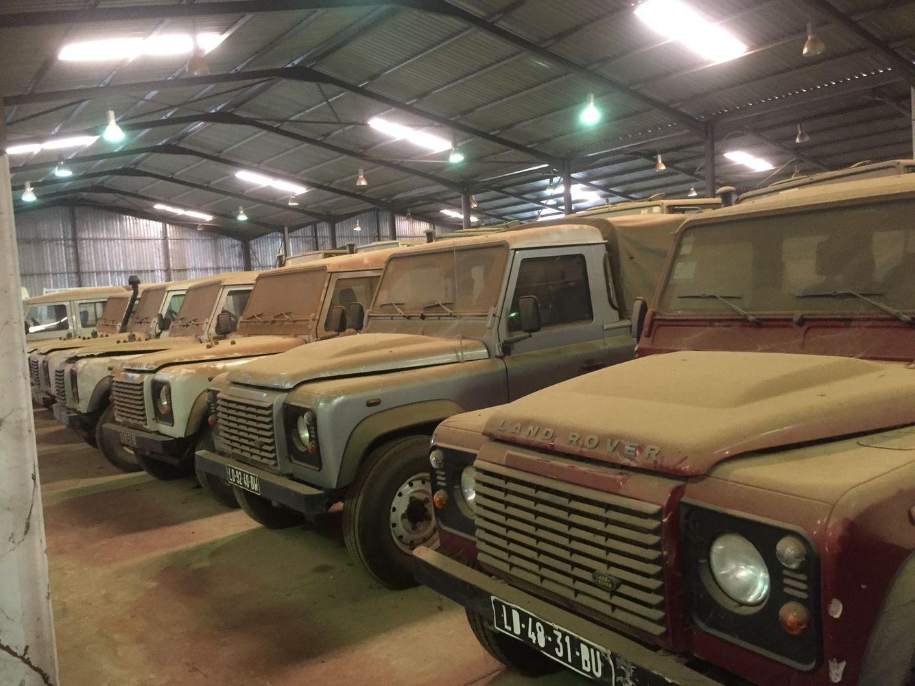 Defender Angola Land Rover Models Land Rover Suv 4x4