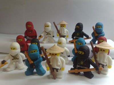 Ninjago lego fondant figures for cakes by studio for Ninjago zimmer deko