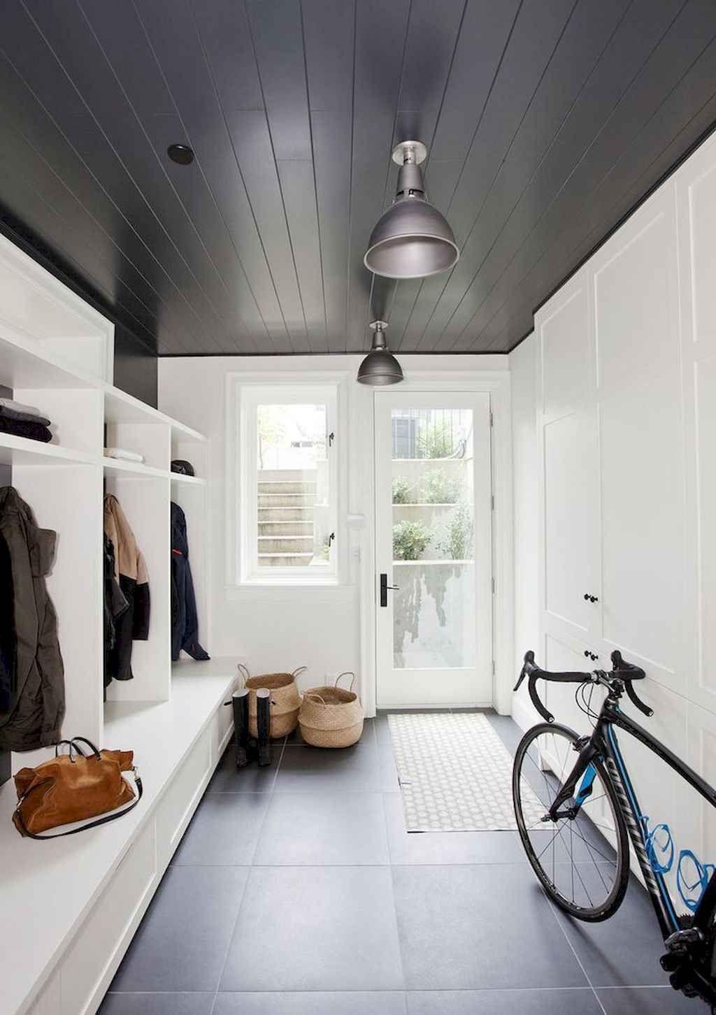 60 Attractive Mudroom Entryway Decor Ideas En 2020 Deco Entree
