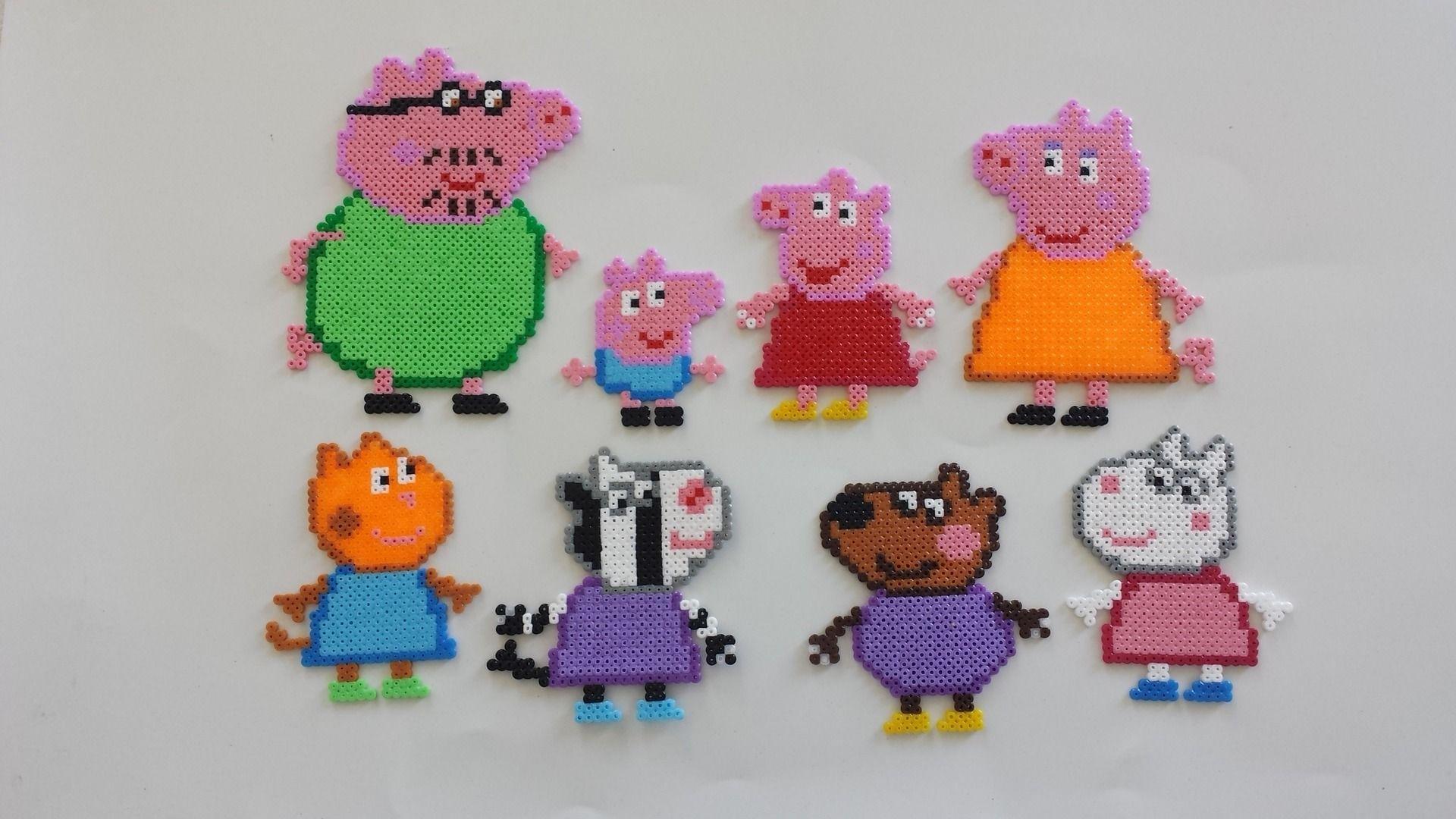 Peppa pig magnet set hama beads by mes petites pommes perler t v pinterest hama hama - Fusee peppa pig ...