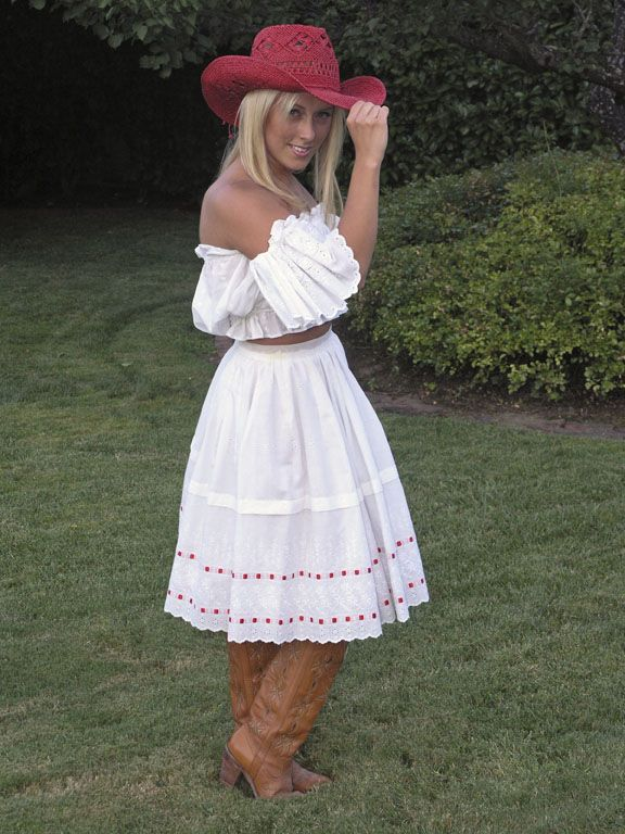 country wedding dresses to wear with boots COUNTRY AND WESTERN