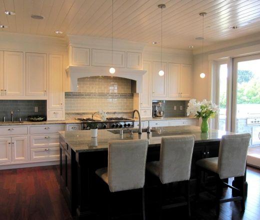 Transitional Island Style White Kitchen White Cabinets 50 000 100 000 Hatano Studio Seattle Timeless Kitchen Modern Kitchen Design Modern Kitchen