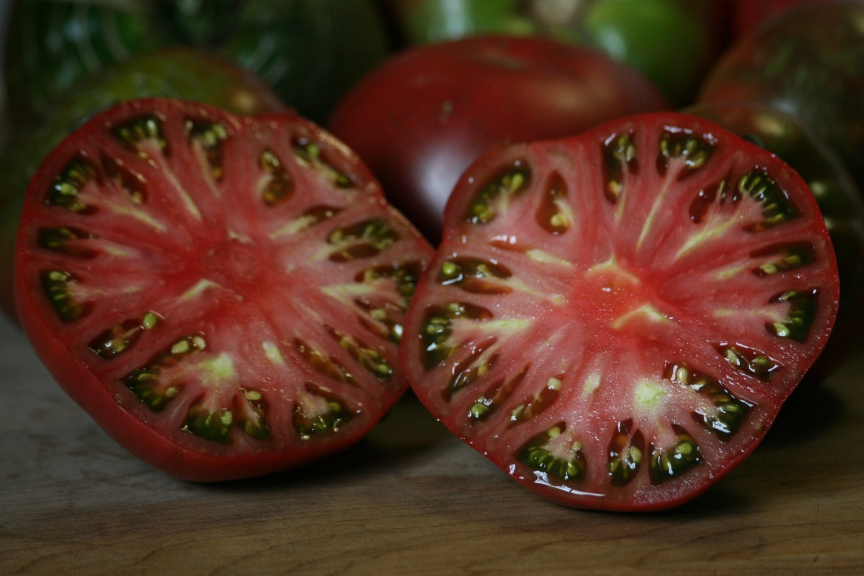 Heirloom Tomato Seeds Cherokee Purple Giant 16 Ounce 400 x 300