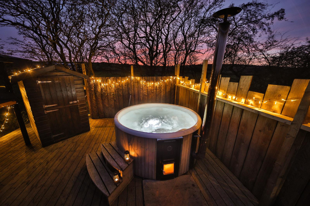 Glamping Sites With Hot Tubs Hot Tub Holidays Lodges With Hot Tubs Romantic Cabin