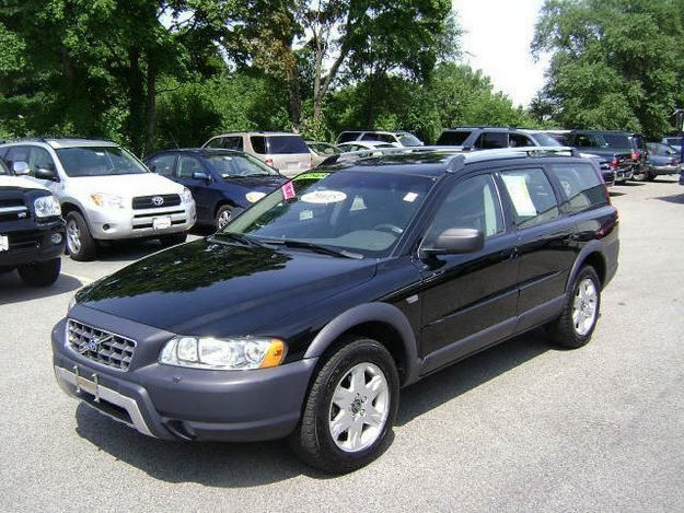 Volvo Xc70 Cross Country Since I Ll Probably Never Find Another Perfect 240 Sigh Volvo Wagon Volvo 240 Volvo