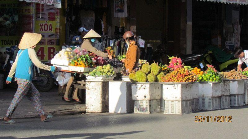 hàng trái cây, Long Xuyên