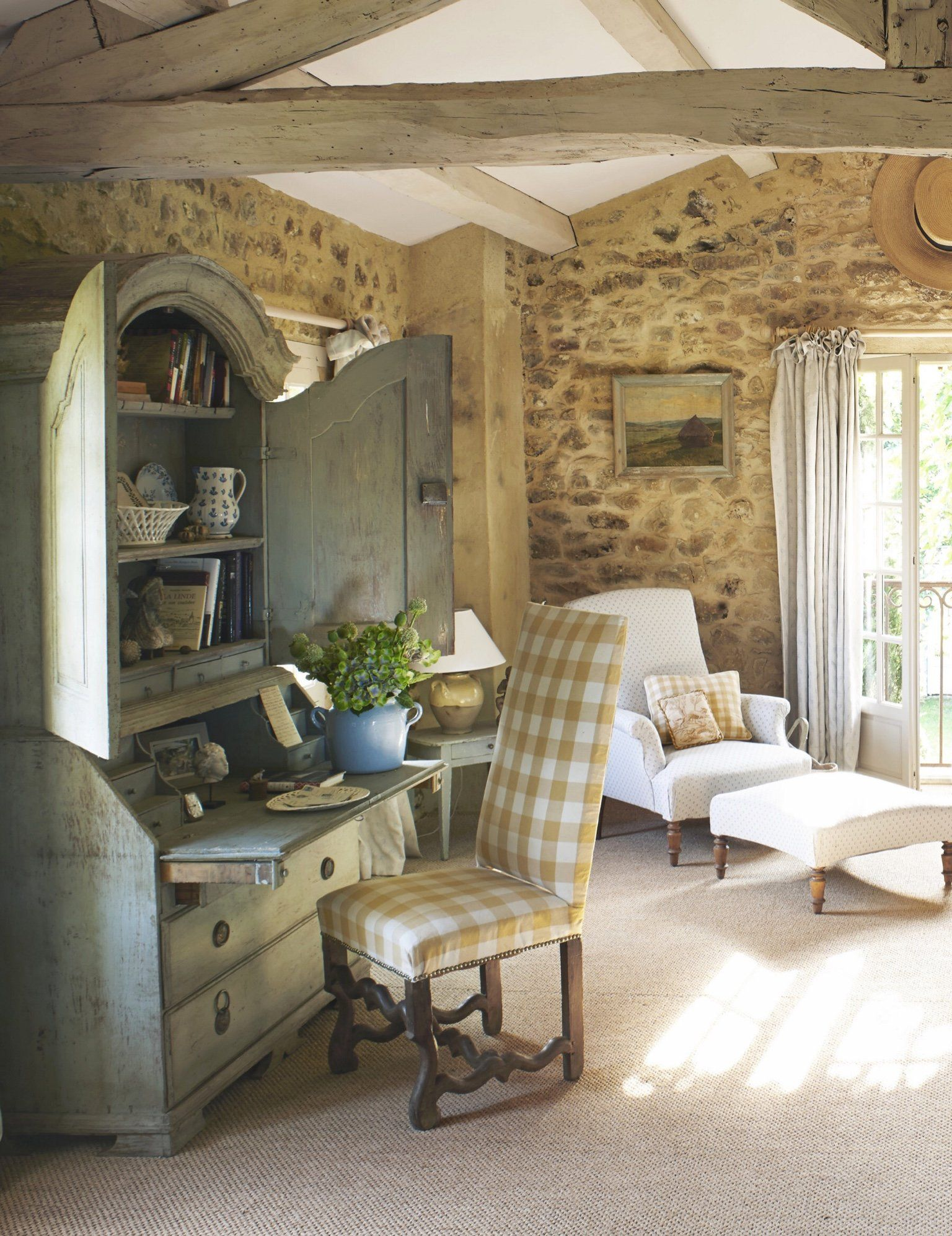 Luxury Design Ideas And Home Decorating Tips French Country Interiors Provence Interior Cottage Interiors