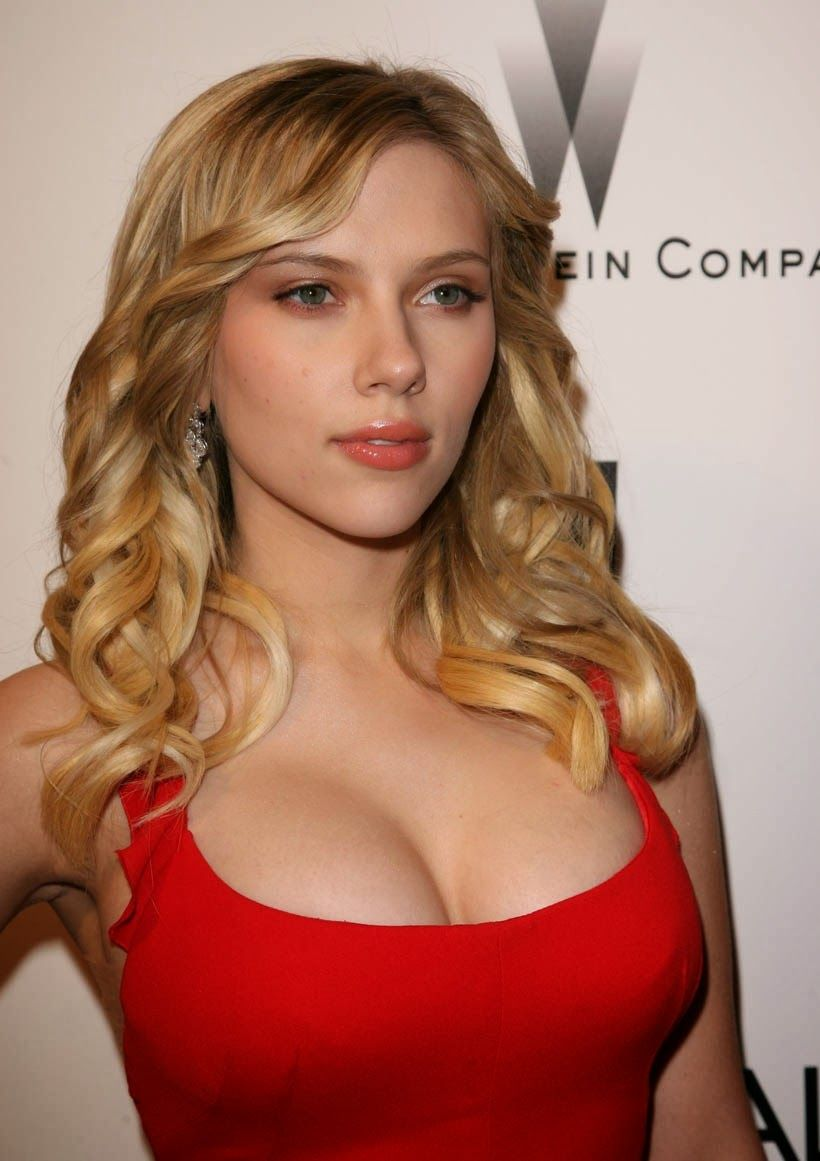 Young busty scarlett from the uk