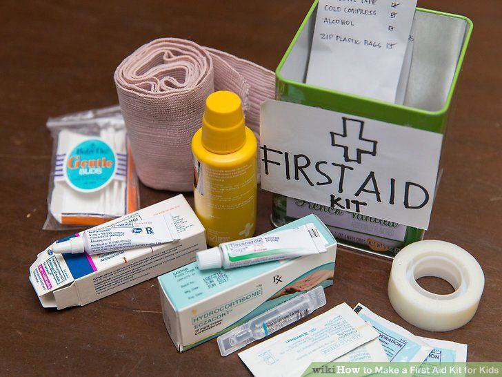 Best first aid kit reviews for any emergency kits for