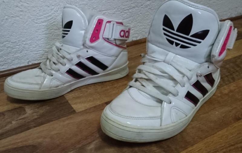 Paar GebrauchteNormal Erhaltene Und Ein Biete Getragene Adidas On0wyvmNP8