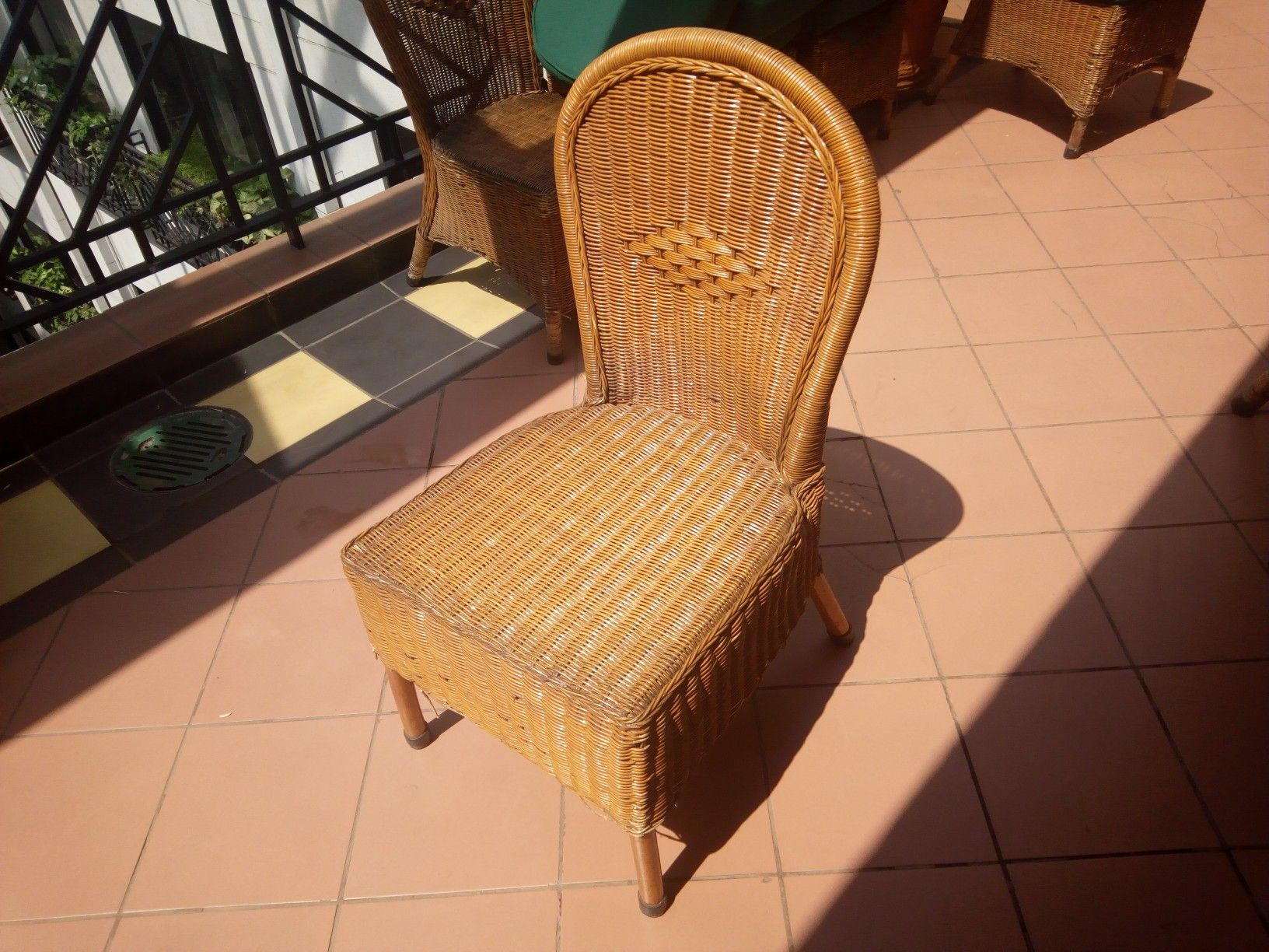 Rattan dinning chair sorted for repairs.. . @prilaga #boutiquehotels #furniture #rattanbags #realestateagent #rattanbagbali #antiquefurniture #woody #hotels #furniturebali #hotelstay #wood #realestate #rattanfurniture #furniturebandung #woodwork #realestateinvesting #hotelstyle #woodworking #furnituredesign #rattan #realestatebroker #realestatelife #rattanbag #prilaga #woods #hotelsandresorts #designhotels