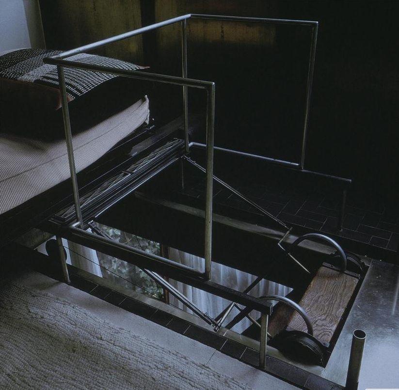 Pierre Chareau | Maison de Verre retractable stair ...
