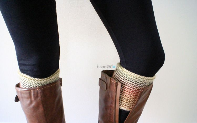 Reversible Tunisian Crochet Boot Cuff | Puntos