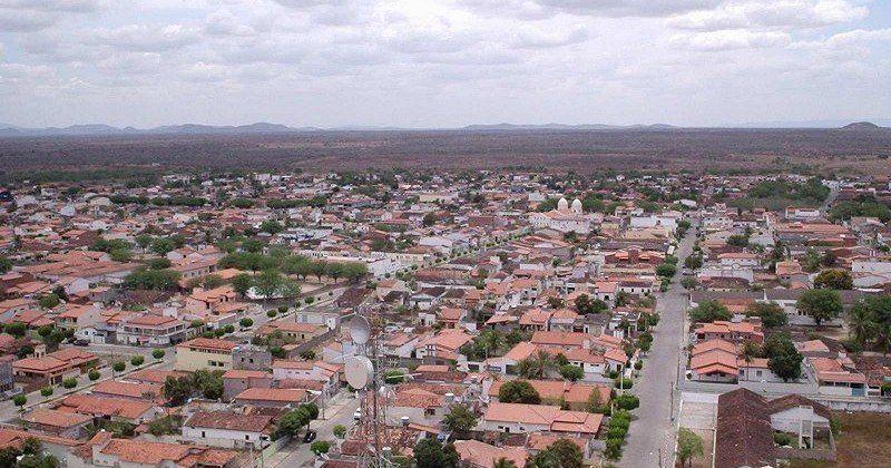 Riachão do Jacuípe é um município da Bahia pertencente à Área ...