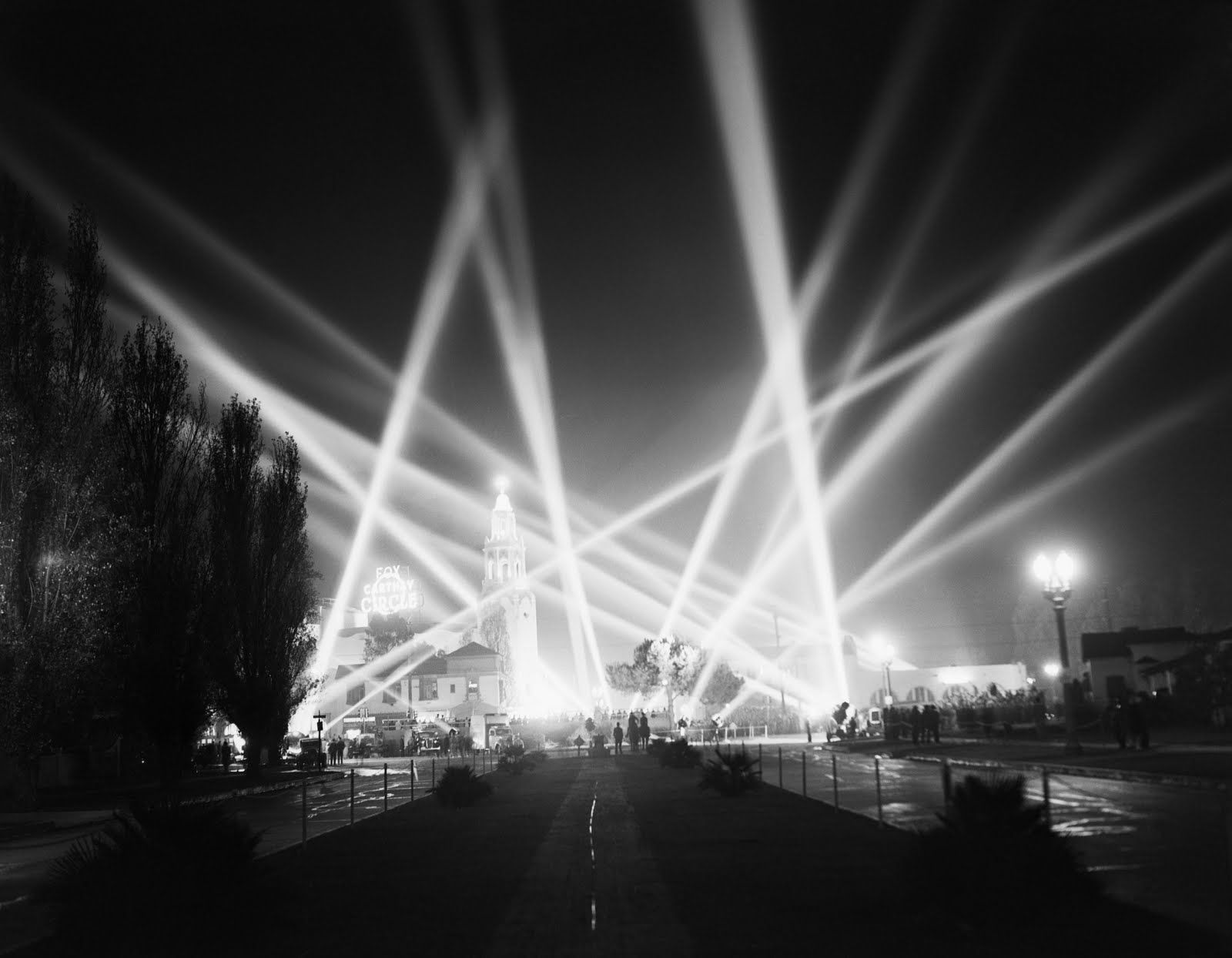 Searchlights Light Up The Sky Over Hollywood At 1940 Film Premiere Of Charles Chaplin S Great Dictator