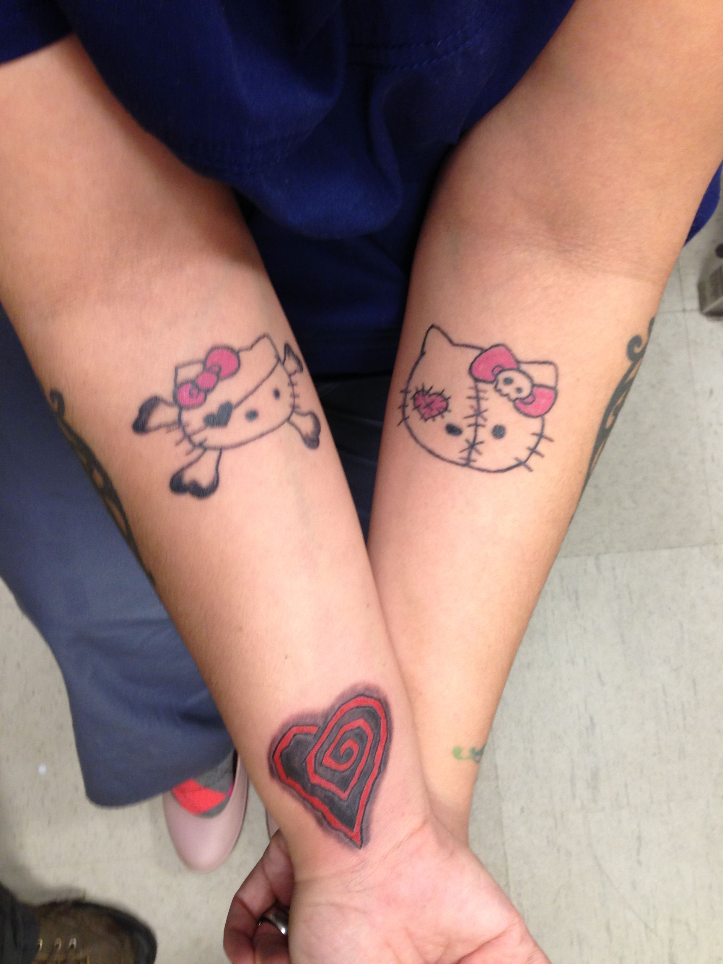 """Marilyn Manson Heart Tattoo: Hello Kitty Tattoos And A Heart From """"Eat Me, Drink Me"""