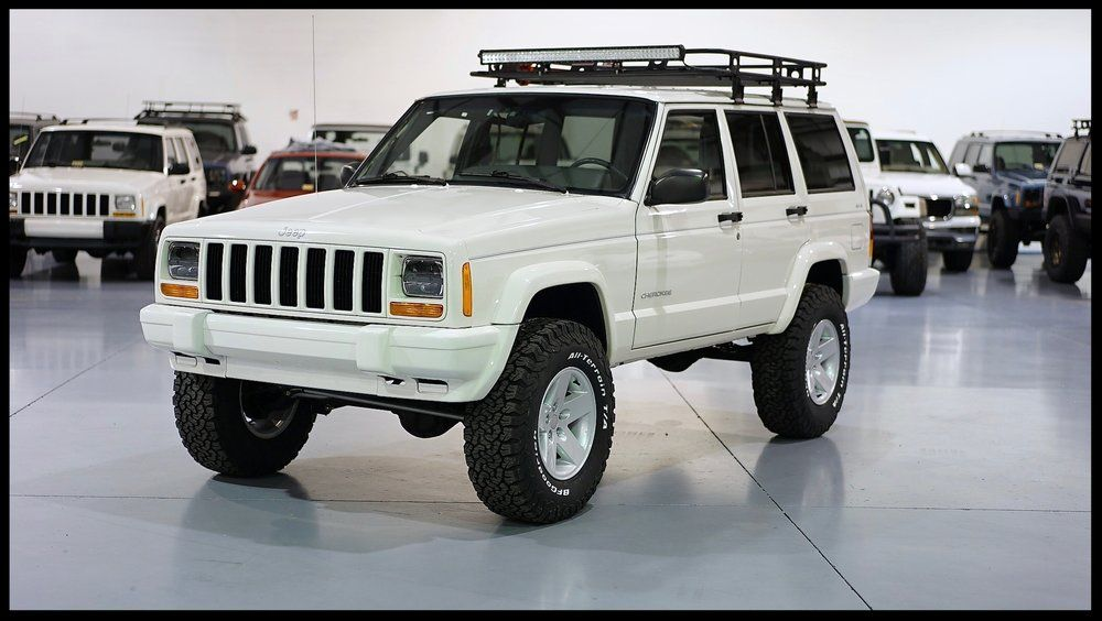 Very Rare Find Only 25k Miles 1 Owner Jeep All New Stage 2 With Rubicon Express Fox Bfg Led And Much Jeep Cherokee Xj Jeep Cherokee Sport Jeep Cherokee