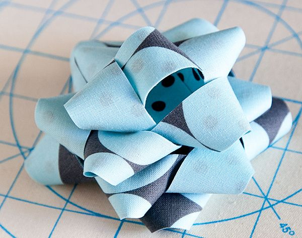 How to Make a Fabric Bow | Tutorial