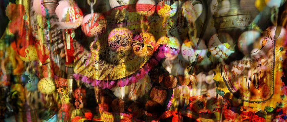 Desde lugares remotos como Rusia, Ucrania, Latsia y Tailandia llega la inspiración de nuestra nueva colección EtniK; la cual recopila simbologías y tradiciones con giros contemporáneos.  Mitos, leyendas y surrealismo nos envolverán en detalles sorprendentes, colores vibrantes y combinaciones innovadoras.  Déjate llevar por la magia de países lejanos en Matilda y sumérgete en nuestra colección.