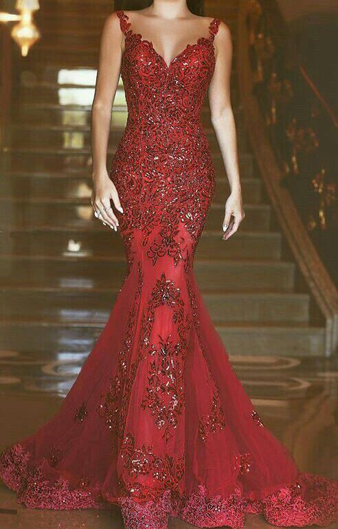 Red evening gown   .:fancy:.   Pinterest   Red evening gowns, Gowns ...