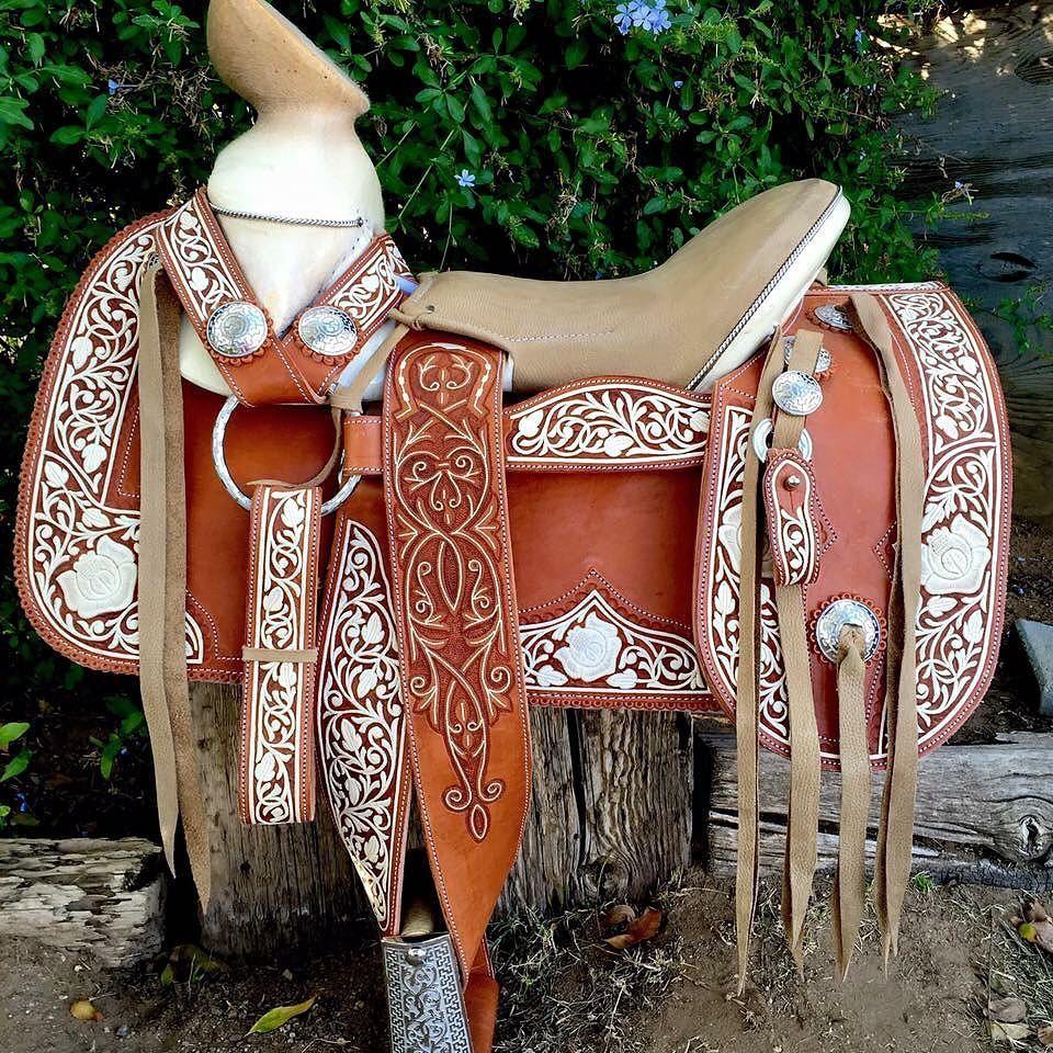 Nuestras monturas son 100 hechas a mano y de la mejor for Monturas para caballos