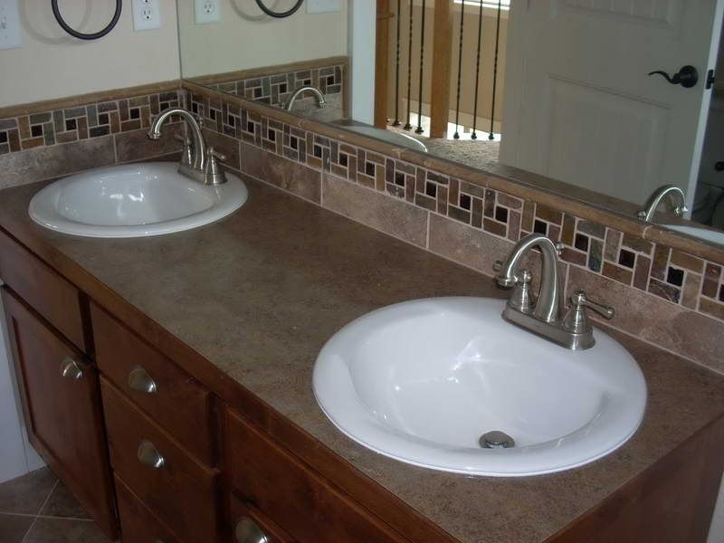 Bathroom faucet repair with mirror glass http