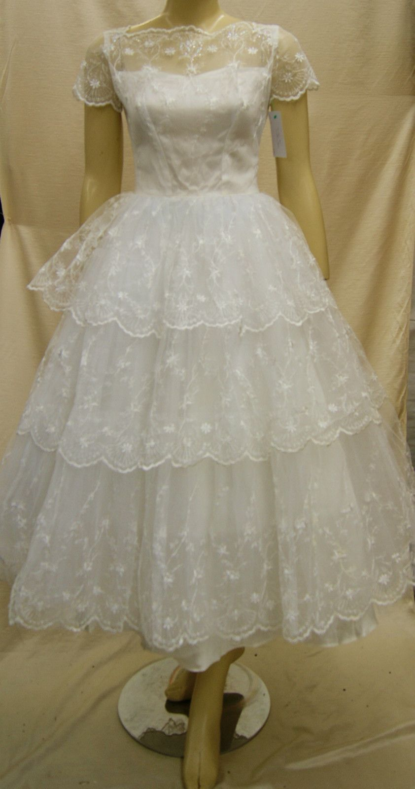 Small wedding dresses  Vintage us White Lace Wedding Dress Bridal Formal Size Small