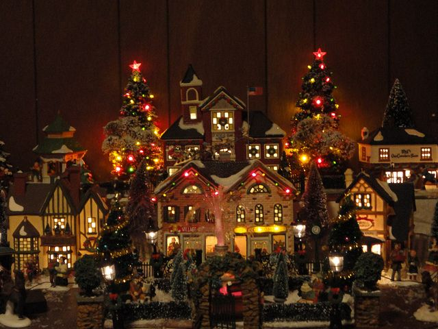 Indoor Lighted Christmas Decorations