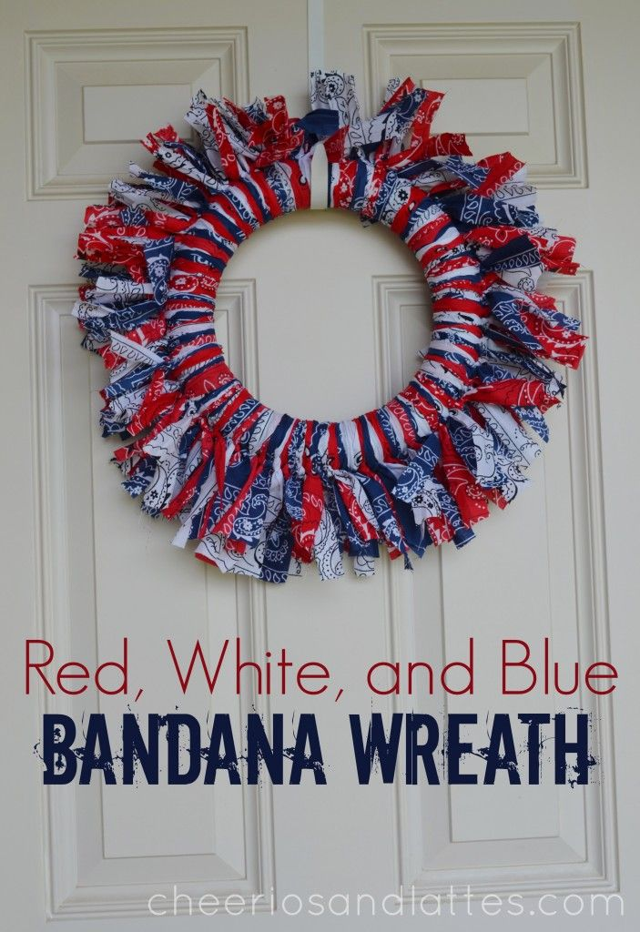 Lovely Red, White, and Blue Bandana Wreath 2 Red Bandanas, 2 White  JW53