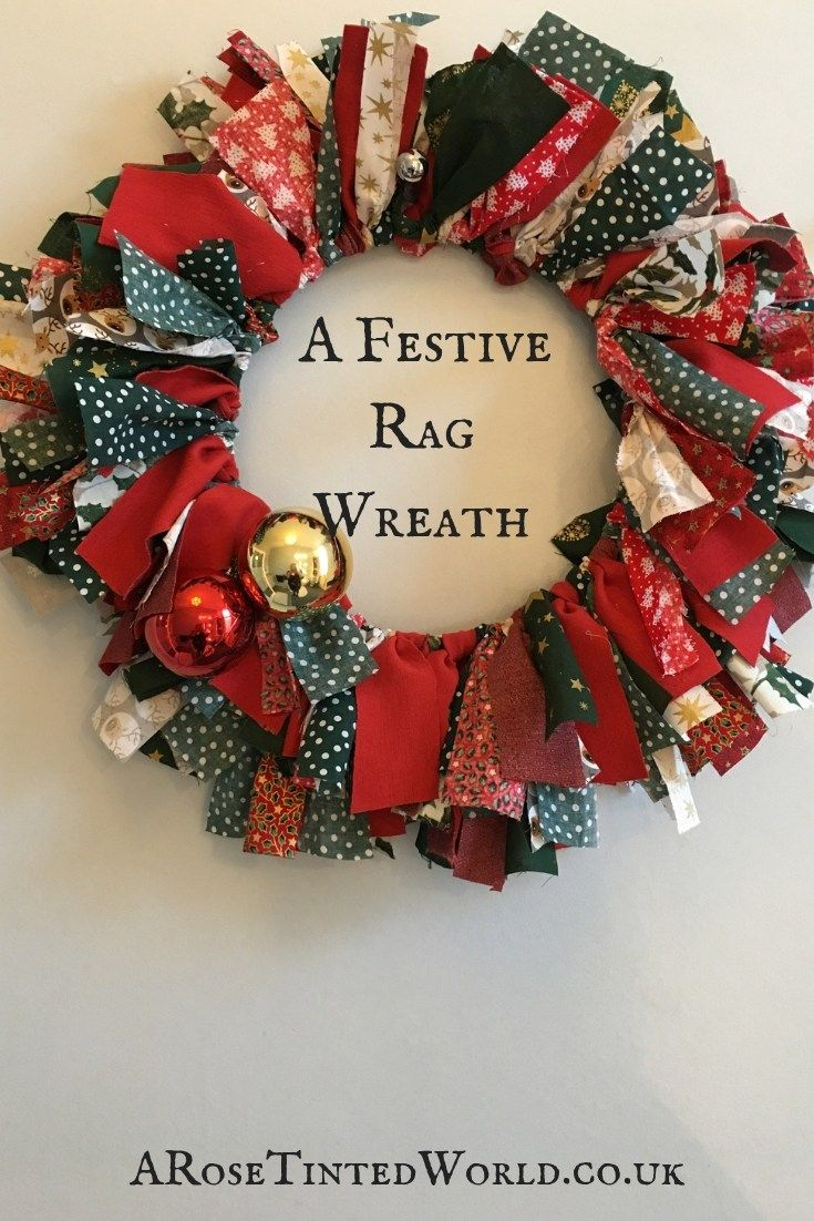 A Festive Rag Wreath #scrapfabric