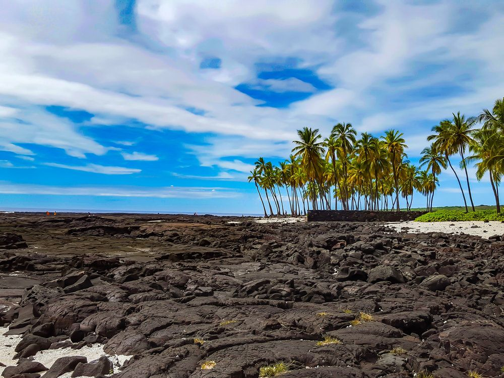 HOW TO VACATION IN HAWAIʻI (The Big Island) ON A BUDGET