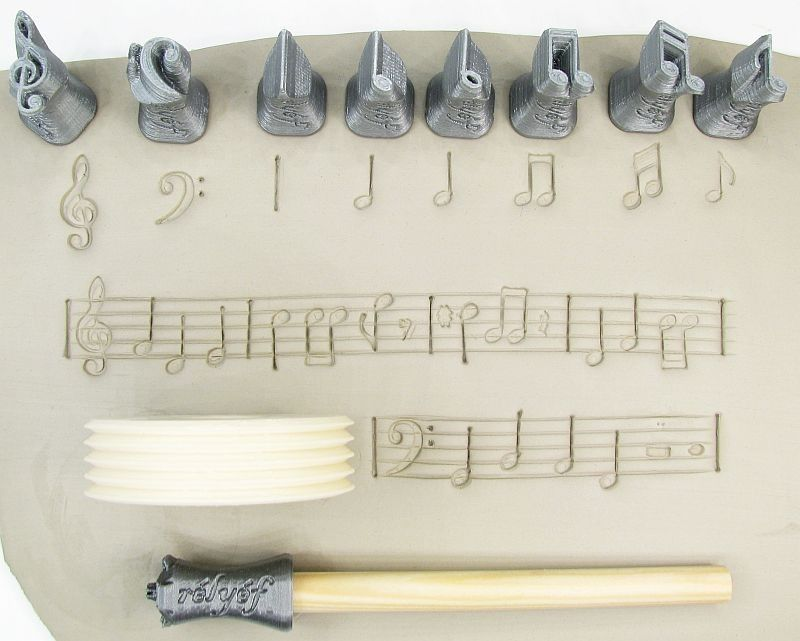 Decorative ceramic/pottery/clay tools made from bioplastic by Rélyéf - music symbols - easy use for kids and beginners  #ceramics #potterytools #relyefcz #DIY #music