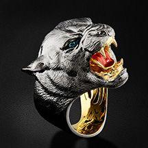 Мужское кольцо Пантера с турмалинами и горячей эмалью в желтом золоте 750 пробы (арт. 35218)