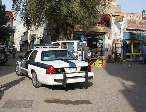 الإطاحة بـ 5 أشخاص تخصصوا في سرقة الإدارات والمدارس بينبع Suv Car Suv Car