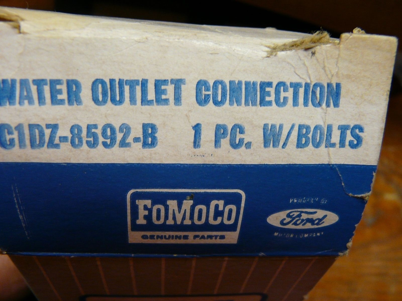 Nos 1960 1970 Ford Falcon 1965 1970 Mustang Thermostat Housing 6 Cal 170 200 Ci Ford Falcon Mustang Ford