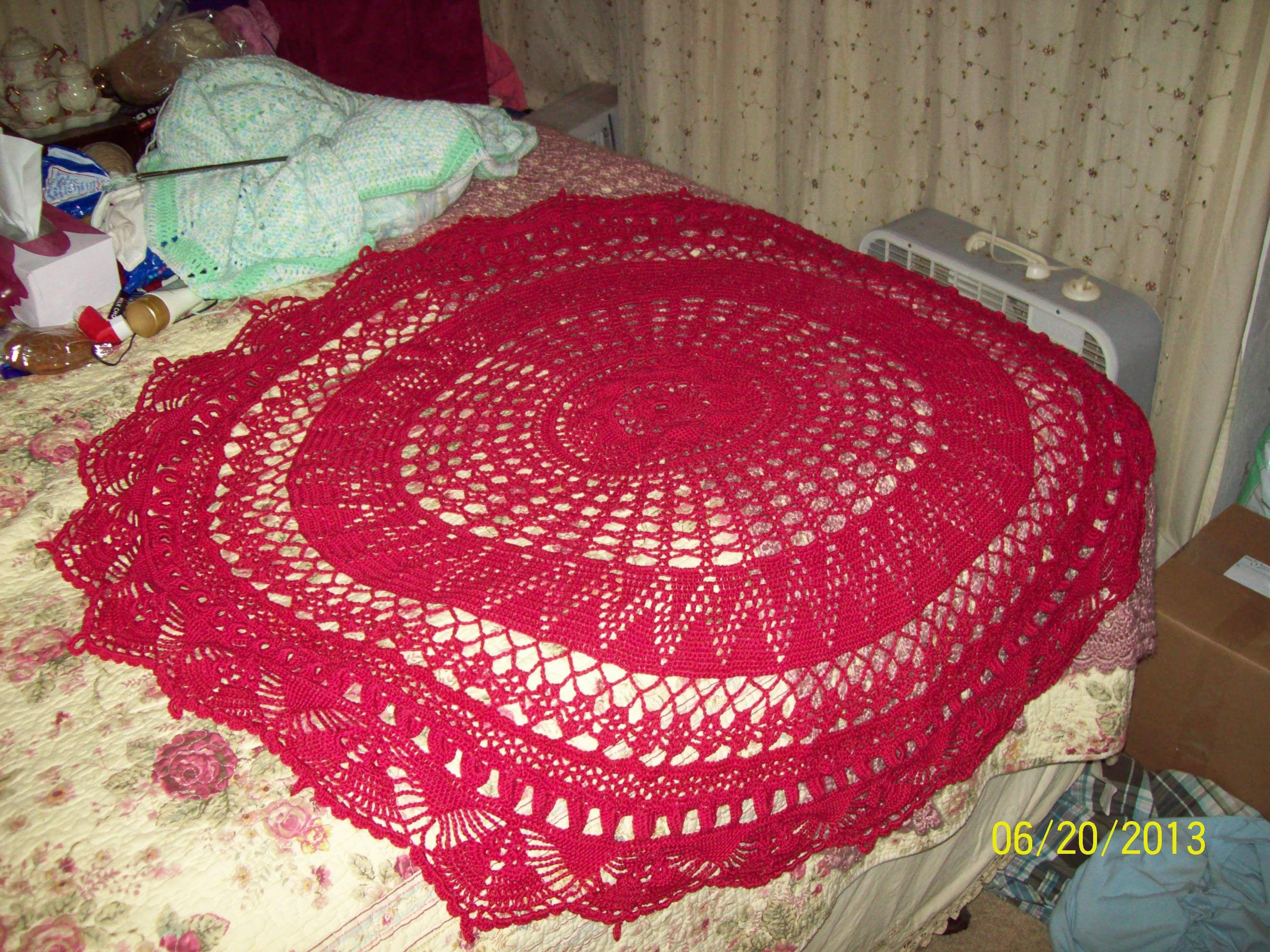 thread table cloth