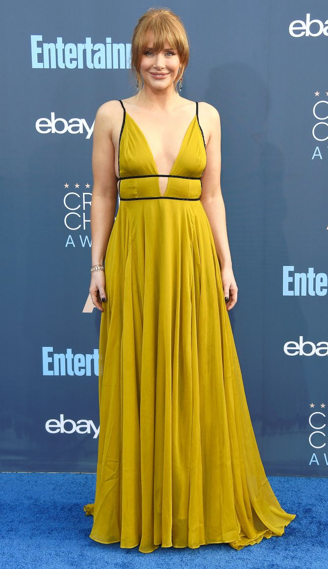 6d8dc911aeb Mandy Moore's J.Crew Dress Is a Summer Wedding Guest's Dream (and ...