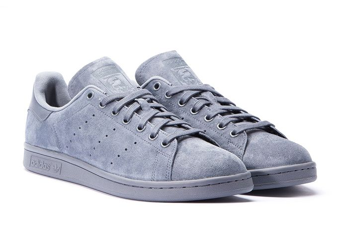best service 789d5 bc51a adidas Originals Stan Smith Onix – A First Look Tenis, Cuero, Calzas,  Zapatos