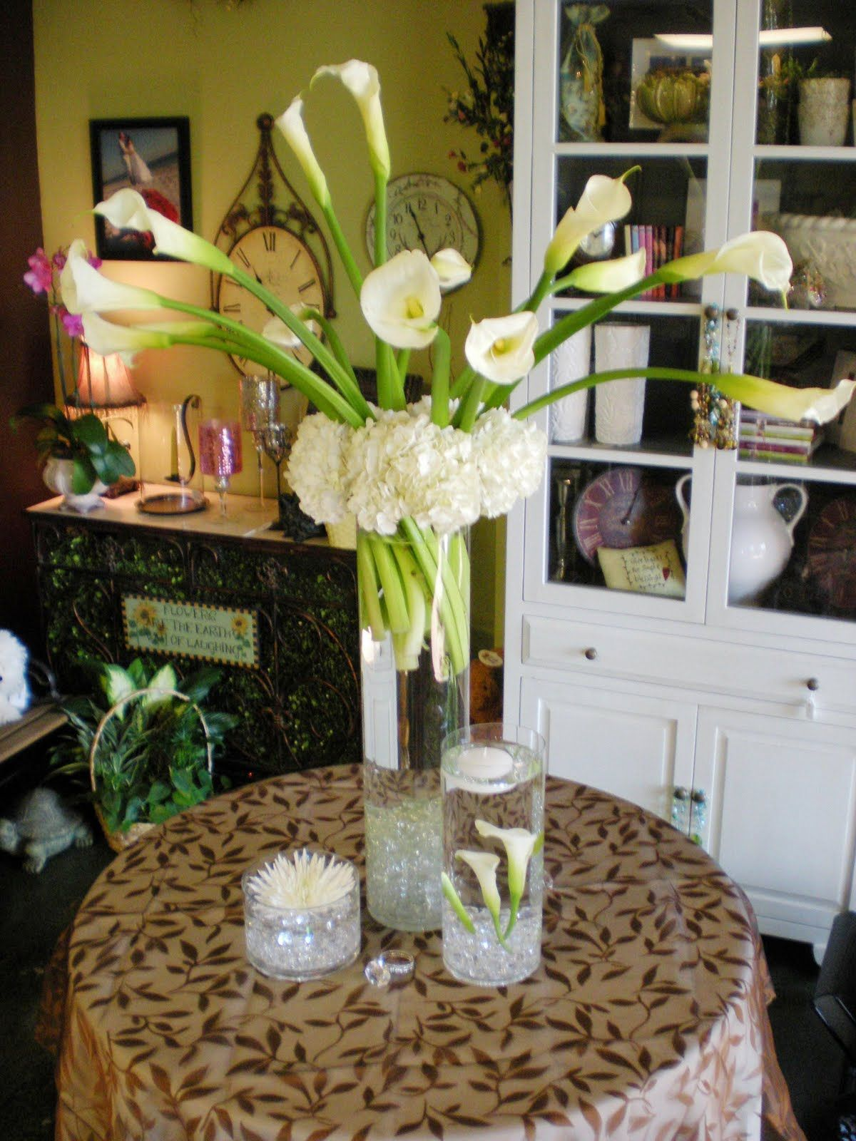 white calla lily centerpieces   Posted by Tabytha Kitsch at 4:26 AM ...
