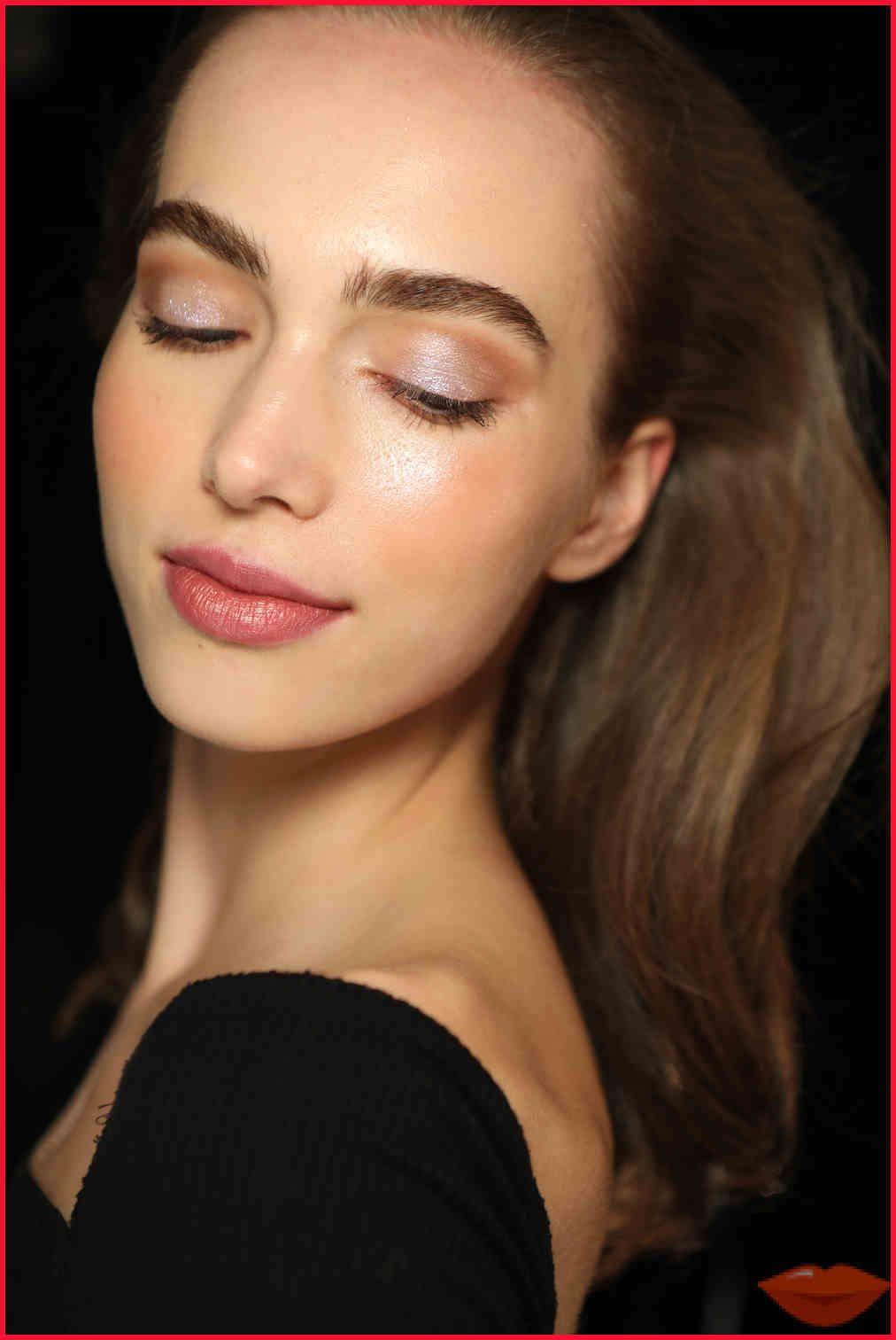 Best Concealer 2020 Review, Best Makeup Trends, Looks, 2018, 2019, 2020: Natural