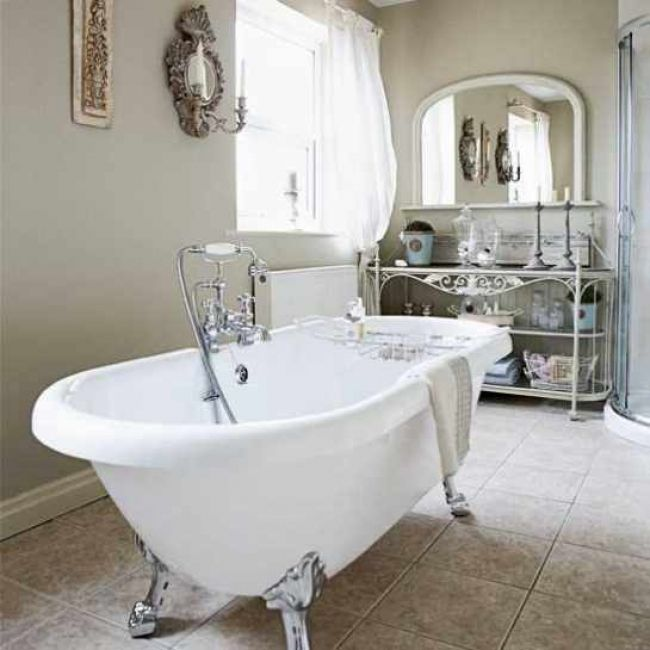 White French Inspired Bathroom Puts The Bathtub Front And Center - French inspired bathroom accessories for bathroom decor ideas