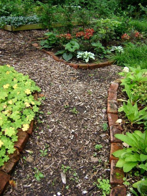 Cedar Mulch Path Like The Brick Border To Give Structure