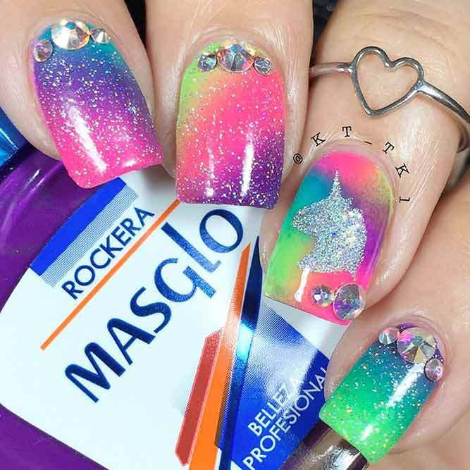 21 Hot Nails Designs For An Epic Spring Break