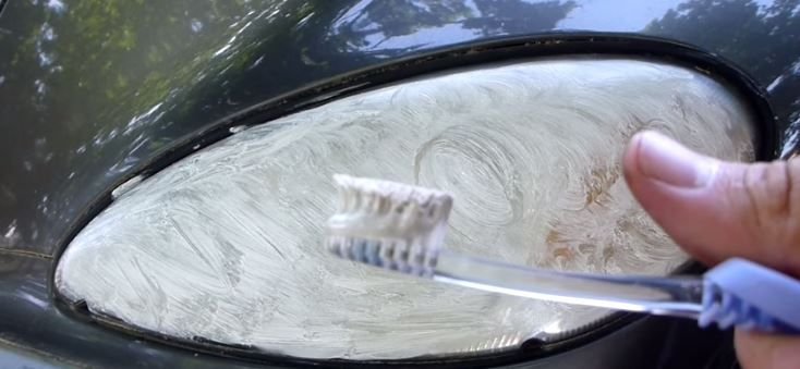 How to Restore Your Headlights Using Toothpaste   How to clean headlights, Clean headlights with toothpaste, Baking soda toothpaste